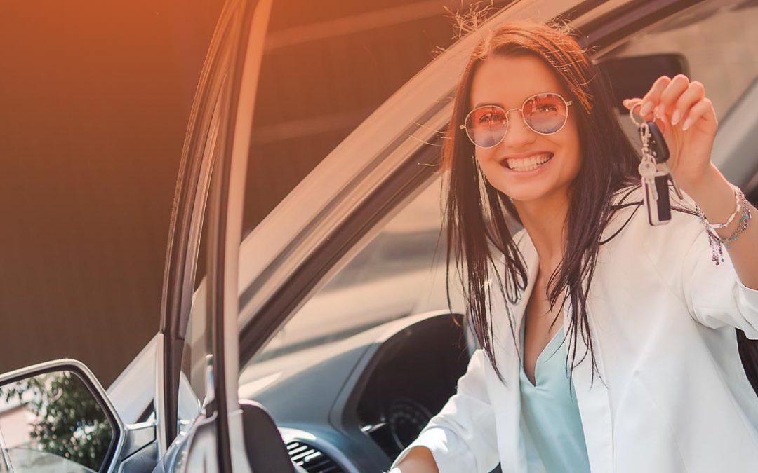Obtén un préstamo por tu automóvil sin dejar de manejarlo